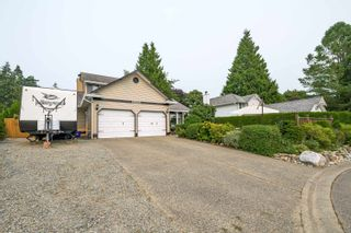 """Photo 4: 16043 10A Avenue in Surrey: King George Corridor House for sale in """"South Meridian"""" (South Surrey White Rock)  : MLS®# R2612889"""