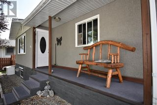 Photo 2: 108 Ceal Square Square in Hinton: House for sale : MLS®# A1138816