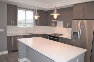 """Photo 4: 35 34230 ELMWOOD Drive in Abbotsford: Central Abbotsford Townhouse for sale in """"TEN OAKS"""" : MLS®# R2147350"""
