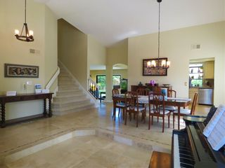 Photo 2: ENCINITAS House for sale : 4 bedrooms : 2001 Wandering Road