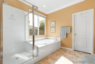Photo 10: LA MESA House for sale : 4 bedrooms : 7575 Chicago Dr