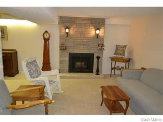 Photo 11: 2408 Irvine Avenue in Saskatoon: Nutana Park Single Family Dwelling for sale (Saskatoon Area 02)  : MLS®# 565482