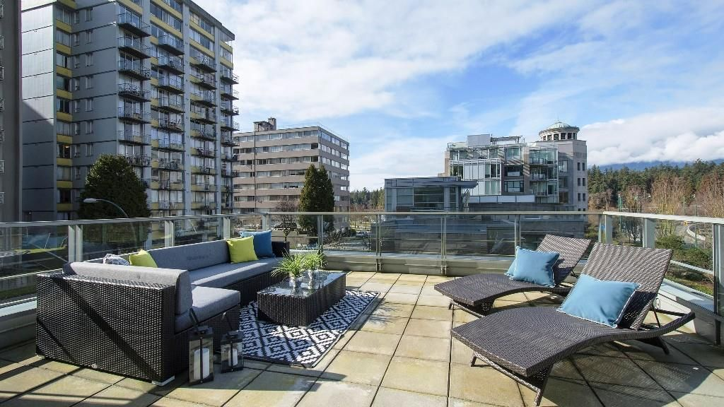 Main Photo: 1935 ALBERNI STREET in : West End VW Townhouse for sale : MLS®# R2145817