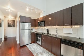 """Photo 8: 1139 SEYMOUR Street in Vancouver: Downtown VW Townhouse for sale in """"BRAVA"""" (Vancouver West)  : MLS®# R2619571"""