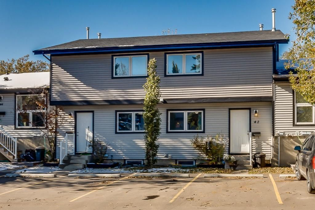 Main Photo: 42 51 BIG HILL Way SE: Airdrie Row/Townhouse for sale : MLS®# C4294757