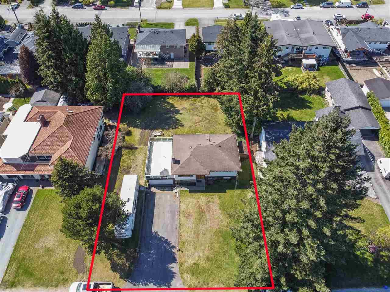 Main Photo: 1521 SHERLOCK Avenue in Burnaby: Sperling-Duthie House for sale (Burnaby North)  : MLS®# R2566666