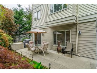 """Photo 2: 106 33502 GEORGE FERGUSON Way in Abbotsford: Central Abbotsford Condo for sale in """"Carina Court"""" : MLS®# R2262879"""