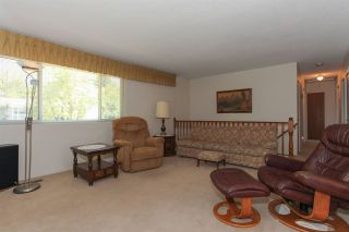 Photo 11: 3805 CLEMATIS Crescent in Port Coquitlam: Oxford Heights House for sale : MLS®# R2200625