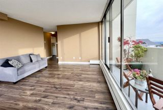 """Photo 8: 1904 4300 MAYBERRY Street in Burnaby: Metrotown Condo for sale in """"Times Square"""" (Burnaby South)  : MLS®# R2526993"""