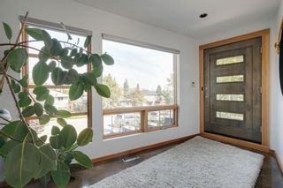 Photo 3: 1935 28 Avenue SW in Calgary: South Calgary Semi Detached for sale : MLS®# A1147471