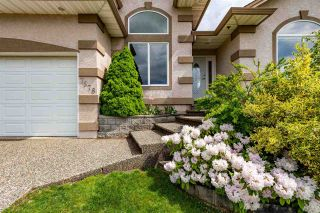 """Photo 5: 7978 WEATHERHEAD Court in Mission: Mission BC House for sale in """"COLLEGE HEIGHTS"""" : MLS®# R2579049"""
