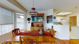 "Photo 9: 308 5711 MERMAID Street in Sechelt: Sechelt District Condo for sale in ""MERMAID BUILDING"" (Sunshine Coast)  : MLS®# R2593663"
