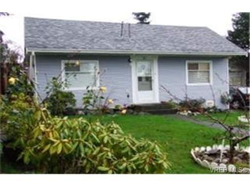 Main Photo: 861 Fleming St in VICTORIA: Es Old Esquimalt House for sale (Esquimalt)  : MLS®# 451567