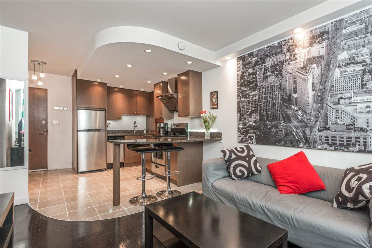 """Main Photo: 1204 1250 BURNABY Street in Vancouver: West End VW Condo for sale in """"THE HORIZON"""" (Vancouver West)  : MLS®# R2425959"""