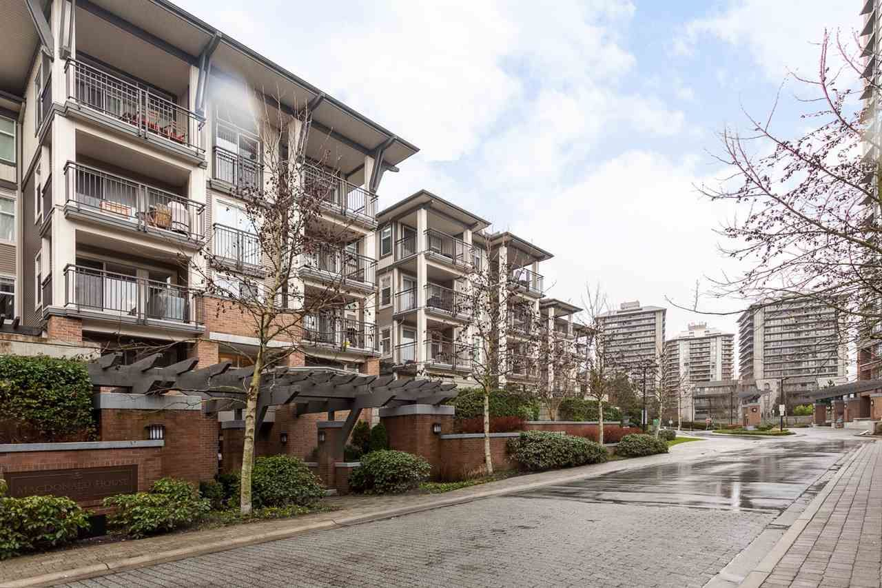Photo 3: Photos: 203 4833 BRENTWOOD Drive in Burnaby: Brentwood Park Condo for sale (Burnaby North)  : MLS®# R2032211
