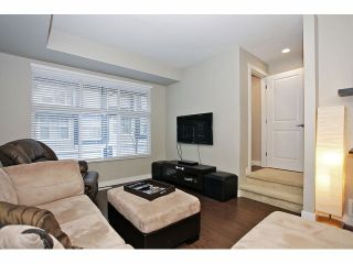 """Photo 4: 11 18199 70 Avenue in Surrey: Cloverdale BC Townhouse for sale in """"AUGUSTA AT PROVINCETON"""" (Cloverdale)  : MLS®# F1326688"""