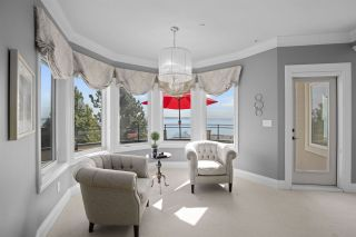 """Photo 5: 14342 SUNSET Drive: White Rock House for sale in """"White Rock Beach"""" (South Surrey White Rock)  : MLS®# R2560291"""