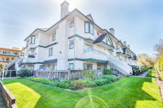 """Photo 1: 216 3978 ALBERT Street in Burnaby: Vancouver Heights Townhouse for sale in """"HERITAGE GREENE"""" (Burnaby North)  : MLS®# R2365578"""