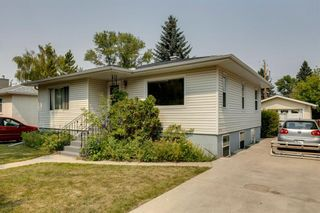 Photo 2: 520 29 Avenue NW in Calgary: Mount Pleasant Detached for sale : MLS®# A1134159