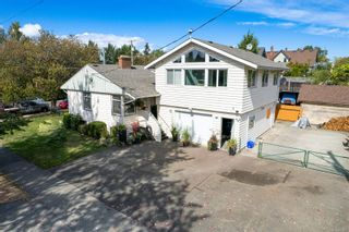Photo 4: 1907 Stanley Ave in : Vi Fernwood House for sale (Victoria)  : MLS®# 886072