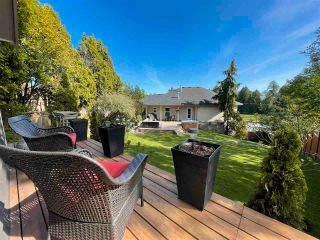 """Photo 27: 16047 8 Avenue in Surrey: King George Corridor House for sale in """"Border of White Rock/S.Surrey"""" (South Surrey White Rock)  : MLS®# R2579472"""