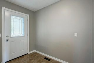 Photo 6: 106 Hidden Ranch Circle NW in Calgary: Hidden Valley Detached for sale : MLS®# A1139264