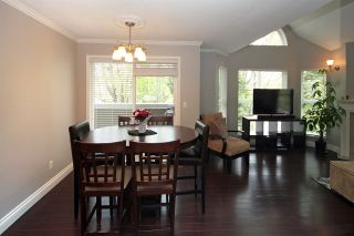 """Photo 4: 203 12088 66 Avenue in Surrey: West Newton Condo for sale in """"LAKEWOOD TERRACE"""" : MLS®# R2382551"""