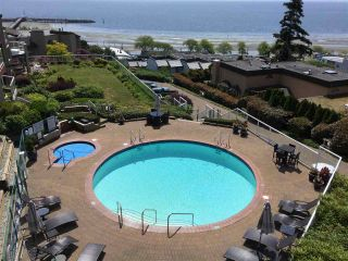 Photo 12: 403 15025 VICTORIA AVENUE: White Rock Condo for sale (South Surrey White Rock)  : MLS®# R2073112