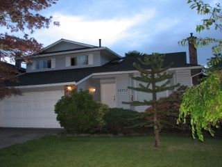 """Photo 2: 14712 87A Avenue in Surrey: Bear Creek Green Timbers House for sale in """"WINDEMERE"""" : MLS®# R2074133"""