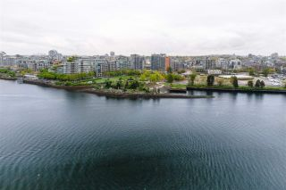 """Photo 26: 1802 8 SMITHE Mews in Vancouver: Yaletown Condo for sale in """"Flagship"""" (Vancouver West)  : MLS®# R2577399"""