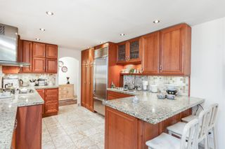 """Photo 13: 203 1675 HORNBY Street in Vancouver: Yaletown Condo for sale in """"SEA WALK SOUTH"""" (Vancouver West)  : MLS®# R2608481"""