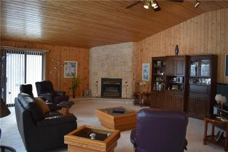 Photo 2: 30 LOCH WOODS Drive in Arnes: Lochwoods Residential for sale (R26)  : MLS®# 1916561