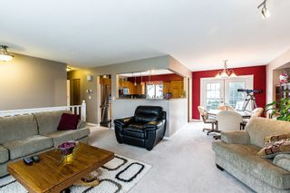 Photo 4: 12452 188th Street in Pitt Meadows: House for sale