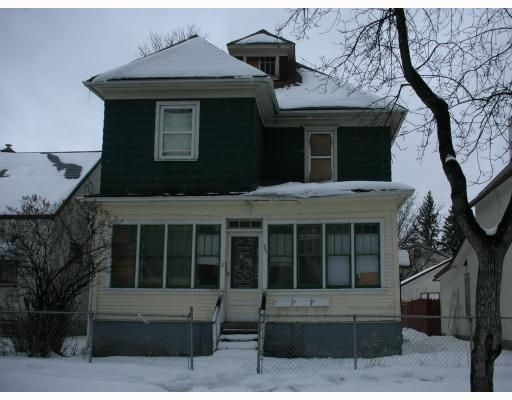 Main Photo: 399 Manitoba Ave. in Winnipeg: Residential for sale : MLS®# 2905068