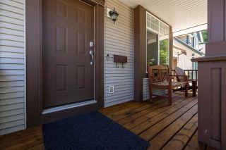 Photo 3: 6252 135B Street in Surrey: Panorama Ridge House for sale : MLS®# R2590833