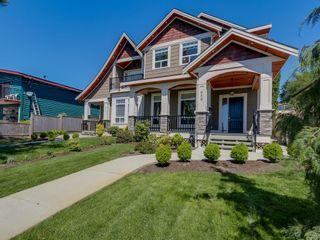 "Photo 2: 959 DELESTRE Avenue in Coquitlam: Maillardville 1/2 Duplex for sale in ""WEST COQUITLAM"" : MLS®# R2067199"