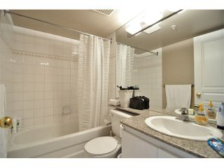 """Photo 7: 1607 1189 HOWE Street in Vancouver: Downtown VW Condo for sale in """"GENESIS"""" (Vancouver West)  : MLS®# V853250"""