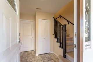 Photo 2: 2656 LINCOLN Avenue in Port Coquitlam: Woodland Acres PQ House for sale : MLS®# R2355954