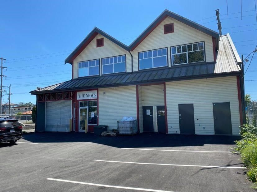 Main Photo: 22611 DEWDNEY TRUNK Road in Maple Ridge: East Central Office for sale : MLS®# C8038632