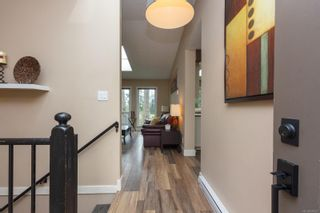Photo 4: 6321 Clear View Rd in : CS Martindale House for sale (Central Saanich)  : MLS®# 870627
