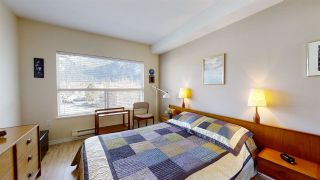 "Photo 12: 402 1203 PEMBERTON Avenue in Squamish: Downtown SQ Condo for sale in ""EAGLE GROVE"" : MLS®# R2553642"