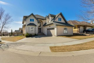 Photo 1: 1197 HOLLANDS Way in Edmonton: Zone 14 House for sale : MLS®# E4253634