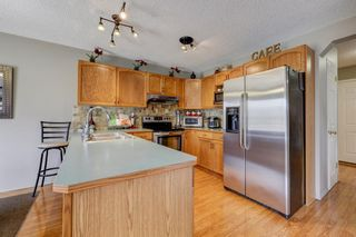 Photo 8: 208 Mt Selkirk Close SE in Calgary: McKenzie Lake Detached for sale : MLS®# A1104608