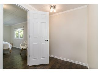"""Photo 28: 251 1840 160 Street in Surrey: King George Corridor Manufactured Home for sale in """"BREAKAWAY BAYS"""" (South Surrey White Rock)  : MLS®# R2574472"""