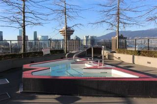 """Photo 15: 901 128 W CORDOVA Street in Vancouver: Downtown VW Condo for sale in """"WOODWARDS"""" (Vancouver West)  : MLS®# R2202808"""