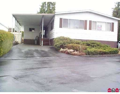 """Main Photo: 34 8254 134 ST in Surrey: Queen Mary Park Surrey Manufactured Home for sale in """"Westwood Estates"""" : MLS®# F2520342"""