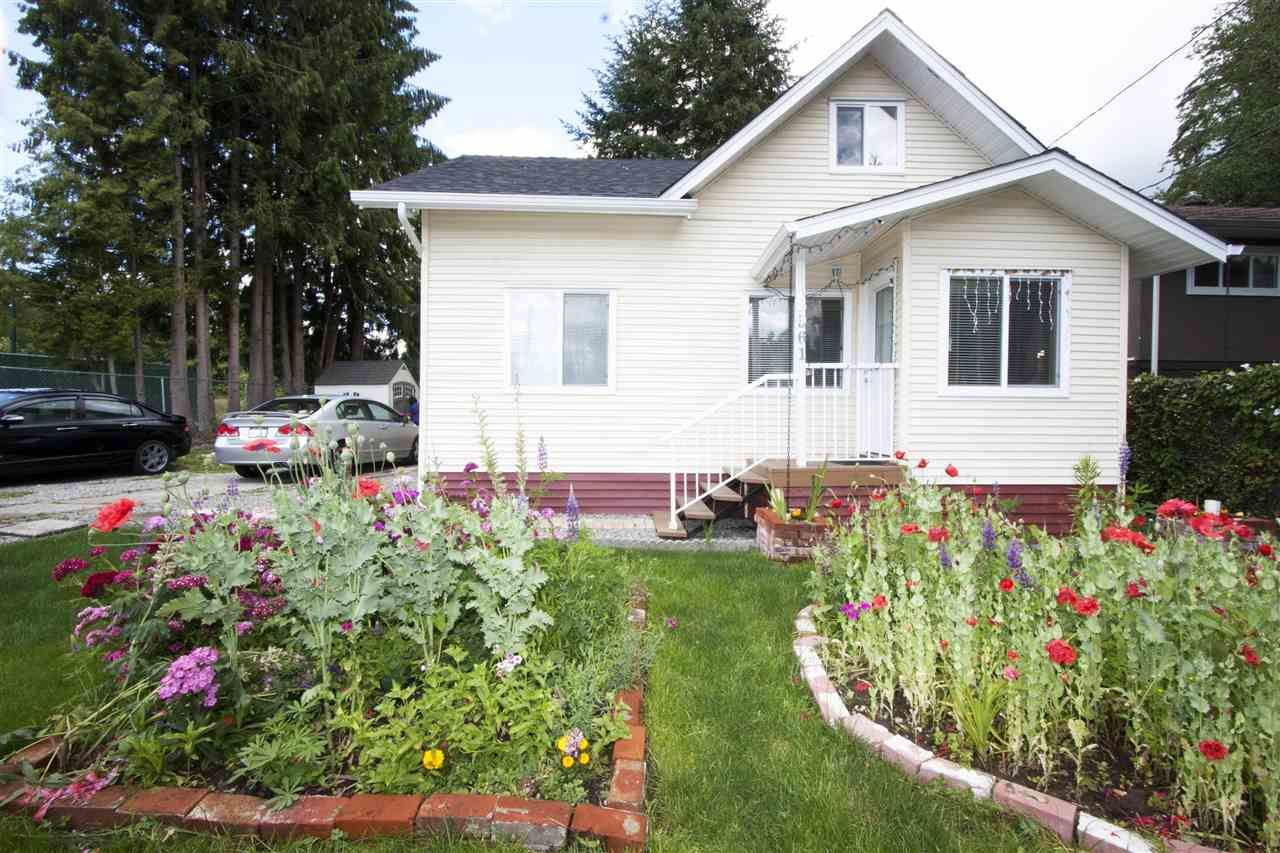 Main Photo: 2961 COMO LAKE Avenue in Coquitlam: Meadow Brook House for sale : MLS®# R2080762