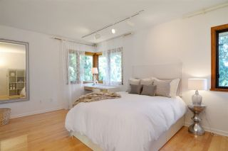 Photo 12: 3968 SOUTHWOOD Street in Burnaby: South Slope House for sale (Burnaby South)  : MLS®# R2102171