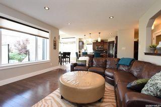 Photo 3: 8005 Edgewater Bay in Regina: Fairways West Residential for sale : MLS®# SK740481