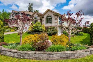 """Photo 1: 7978 WEATHERHEAD Court in Mission: Mission BC House for sale in """"COLLEGE HEIGHTS"""" : MLS®# R2579049"""